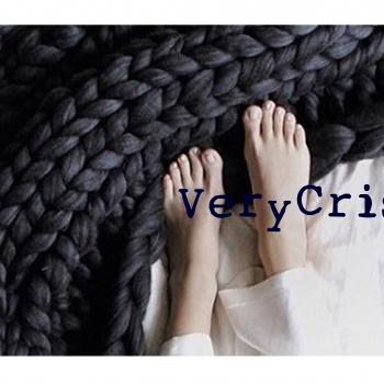 verycris-lana-cuddle-1